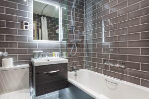 Room 207 Bathroom
